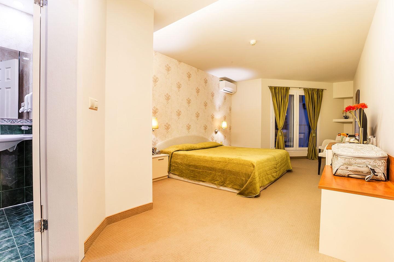 Двойна стая 102